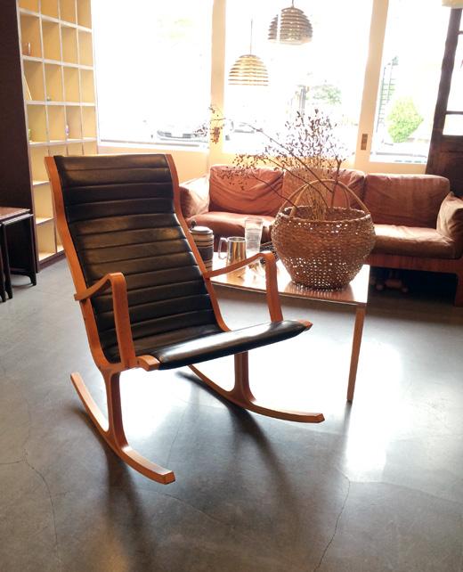 天童木工製、菅沢光政デザイン、ヘロンロッキングチェアのヴィンテージHeronrockingchair.tendomokko.vintage