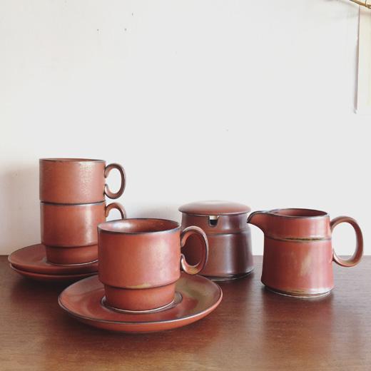 知山窯、知山陶苑、安藤知山、安藤光一、陶磁器、モダンクラフト、カップソーサー、コーヒーカップ、モダンデザイン