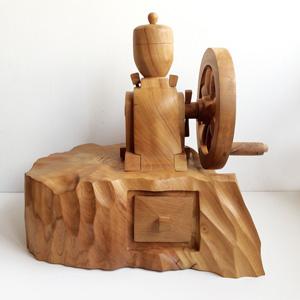 コーヒーミル、一刀彫、木彫り、くりぬき、ハンドクラフト、一点モノ