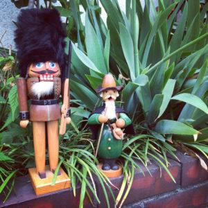 ドイツ民芸、くるみ割り人形、煙出し人形、手工芸品、エルツ地方