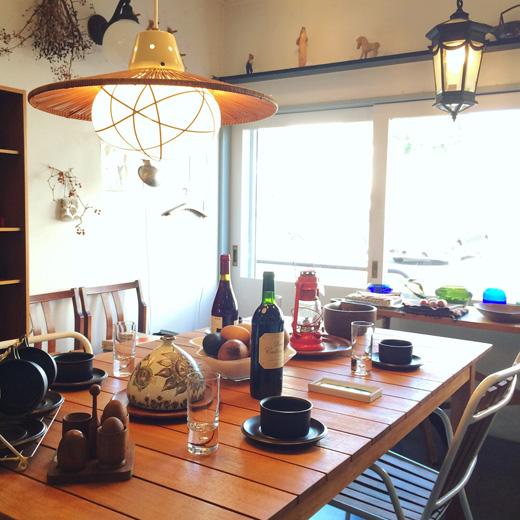 北欧ヴィンテージ、秋のテーブルコーディネート、グランピング、北欧食器