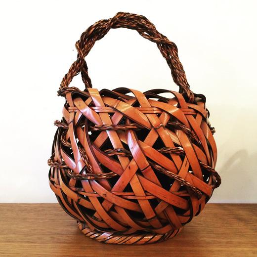 竹籠、煤竹籠、花籠、手工芸品、クラフト