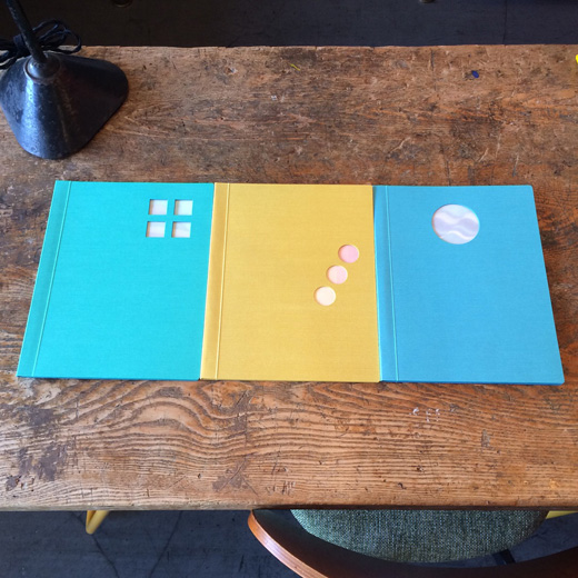 駒形克己、絵本、特殊製紙、onestroke、bluetoblue、greentogreen、yellowtored