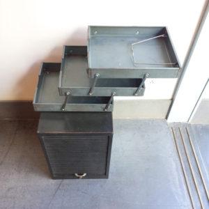 小引き出し、書類ケース、三段トレー、整理整頓、収納、デスクまわり、インダストリアル、ヴィンテージ