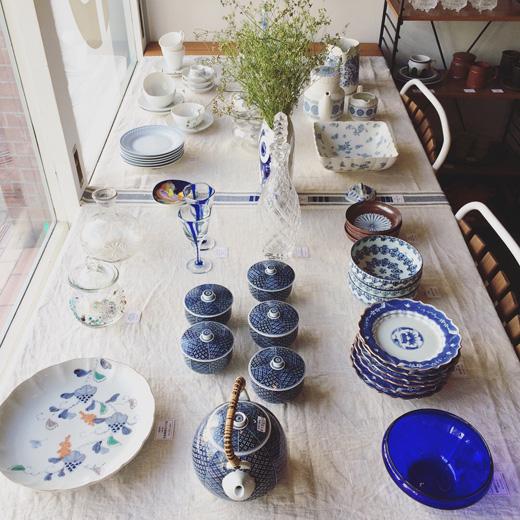 ブルーアンドホワイト、夏のテーブルコーディネート、ヴィンテージ食器、和食器、北欧ヴィンテージ、青白