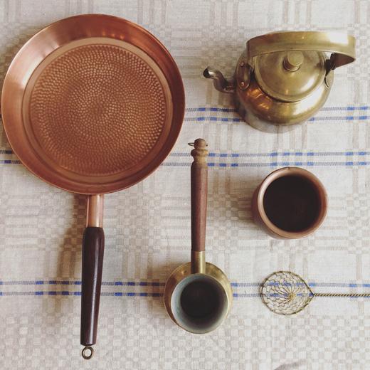 北欧ヴィンテージ、キッチンウェア、真鍮、銅、フライパン、ケトル、モダンクラフト、調理器具