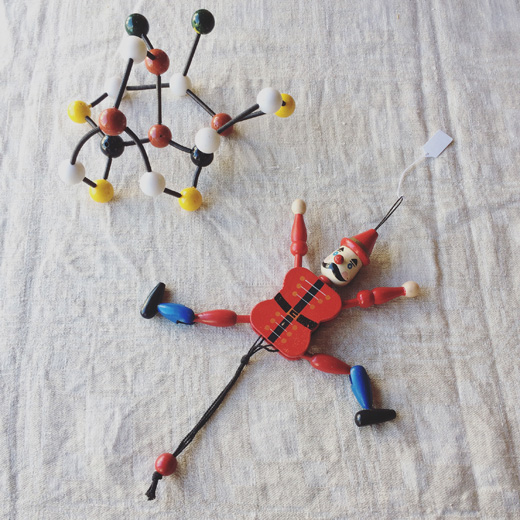 ヴィンテージ雑貨、分子構造模型、ハンペルマン人形、ドイツ人形、オブジェ、木の玩具、知育玩具