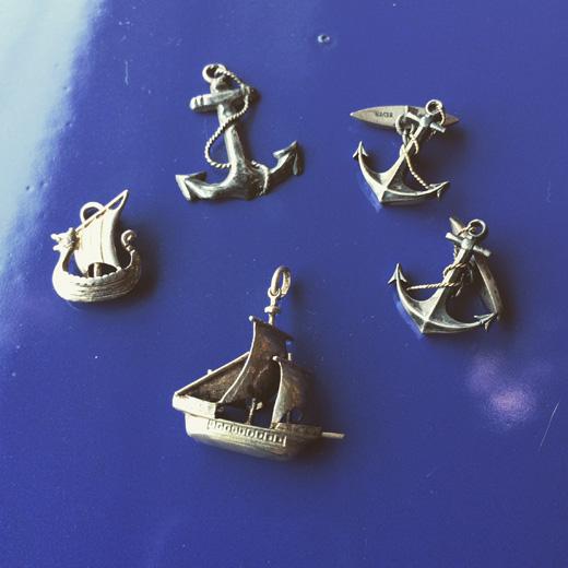 ヴィンテージアクセサリー、シルバーアクセサリー、ペンダントトップ、925、船、錨、マリンモチーフ
