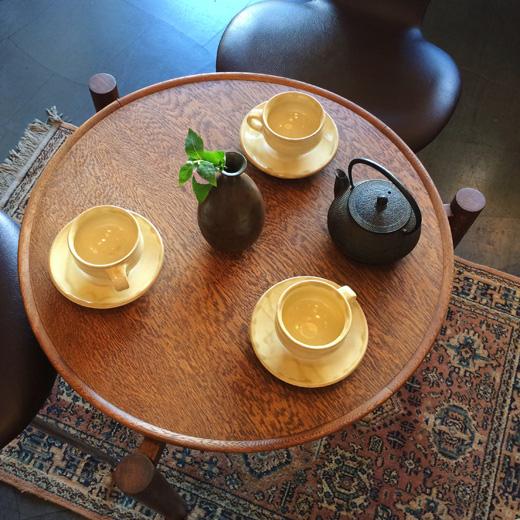 ヴィンテージ、コーヒーテーブル、楢材、オーク、三つ脚、ジャパニーズモダン