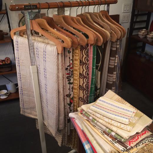 北欧ヴィンテージファブリック、ハンドメイド、織物、タペストリー、刺繍、北欧、リネン