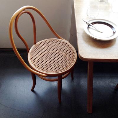 秋田木工、曲げ木椅子、トーネット
