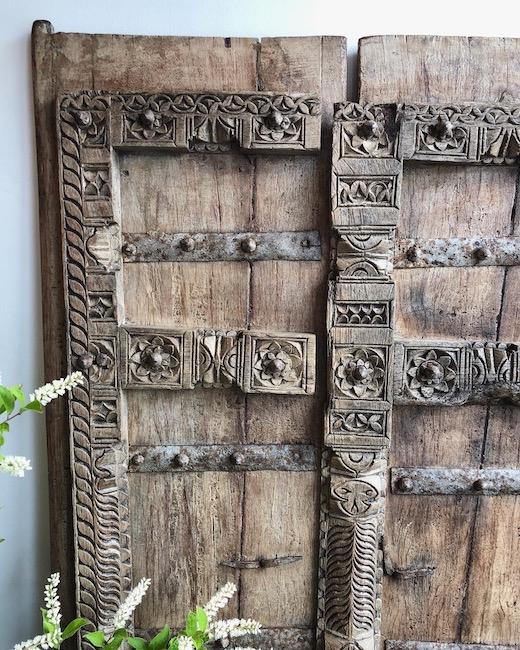木製ドア、アンティークドア、建具、プリミティブモダン、アフリカ、木彫