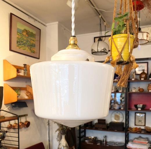 アンティークガラスランプ、アンティーク照明、乳白ガラス、戦前、クラシックモダン
