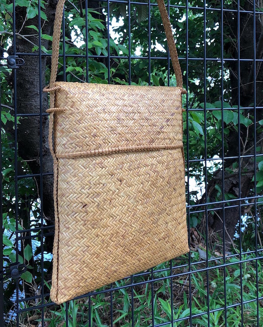 ヴィンテージバスケット、バスケットバッグ、竹かご、竹かごバッグ、竹ショルダーバッグ、網代編み、モダン