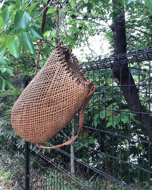 ヴィンテージバスケット、背負い籠、収穫籠、籐かご、東南アジア、世界の民芸、古道具