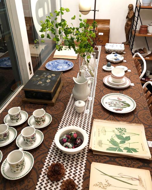 ナンセンス下北沢、最新店内、ボタニカルガーデン、植物図鑑、春のインテリア