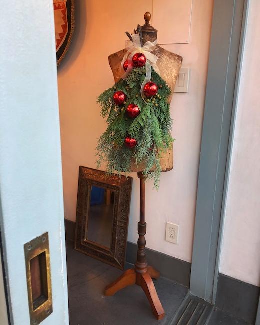 クリスマススワッグ、クリスマスディスプレイ、トルソー、ナンセンス下北沢、アンティーク