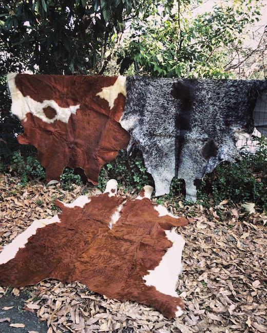 カウラグ、牛ラグ、牛革、ヴィンテージラグ、カウハイド、カーペット、モダンインテリア、ハラコ、絨毯