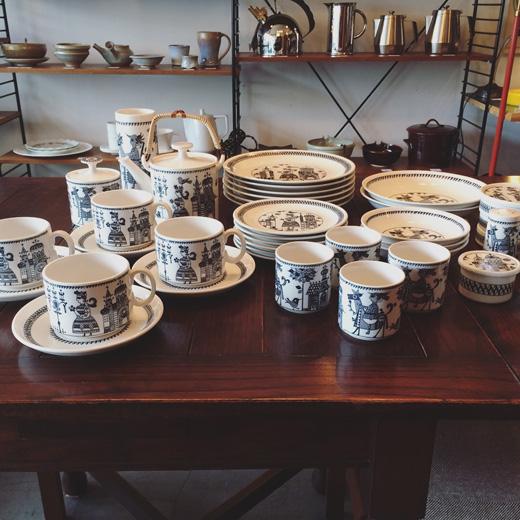 レトロモダン、陶器、ヴィンテージ食器、北欧風、モノトーン、ディナーセット、昭和レトロ、モダンデザイン