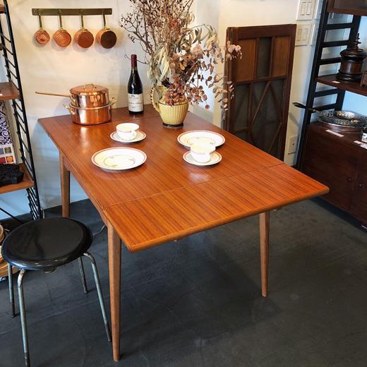 ドローリーフテーブル、エクステンションテーブル、ダイニングテーブル、ヴィンテージ家具、チーク家具、北欧モダン