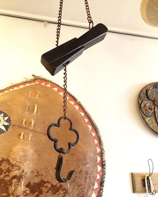 吊り金具、フック、扇子型横木、自在鉤、古民具、時代家具、建具、木工、モダンアート