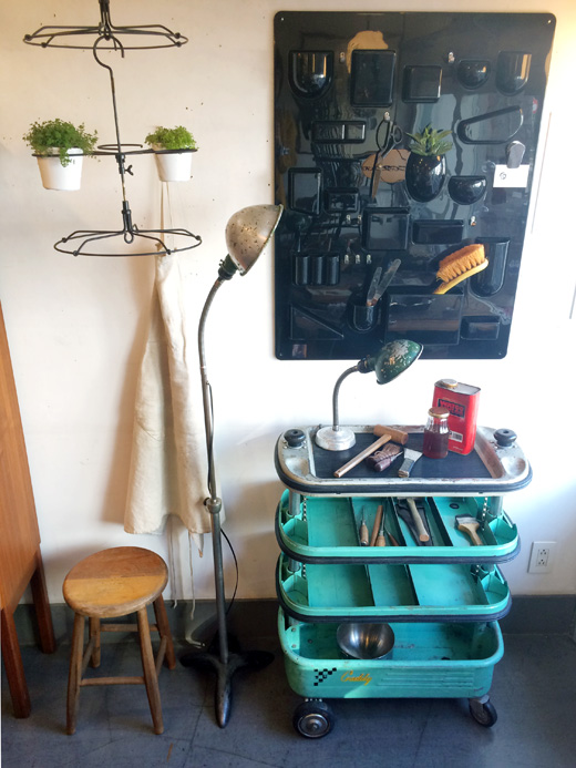 インダストリアルデザイン、ツールワゴン、工具入れ、収納、ヴィンテージ家具、作業スペース、ワークススペース