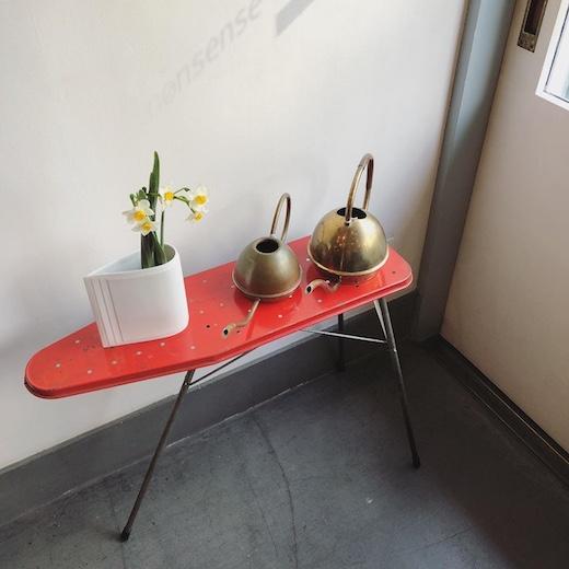 アイロンスタンド、サイドテーブル、花台、おままごと、おもちゃ、ヴィンテージ