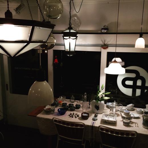 アンティーク照明、ガラス照明、ペンダントライト、戦前ガラス、シャンデリア、クラシカルモダン、アールデコ