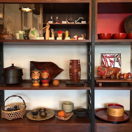 お正月ディスプレイ、ナンセンス下北沢、工芸、モダンクラフト、和食器、漆器、郷土玩具