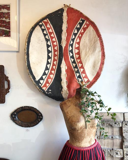 マサイ族、盾、民族衣装、フォークアート、プリミティブアート、ウォールデコレーション、ヴィンテージ雑貨、アフリカンアート