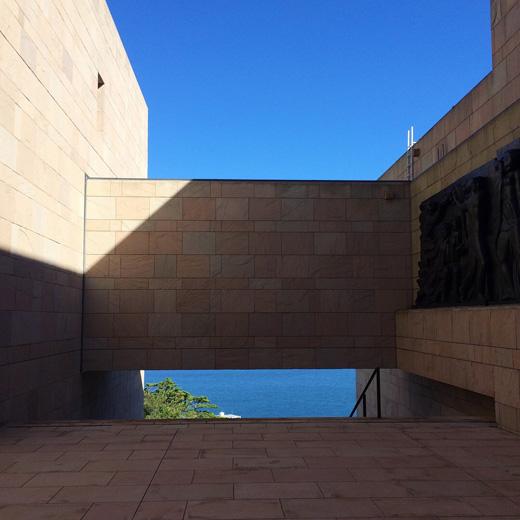 moa美術館、モダン建築