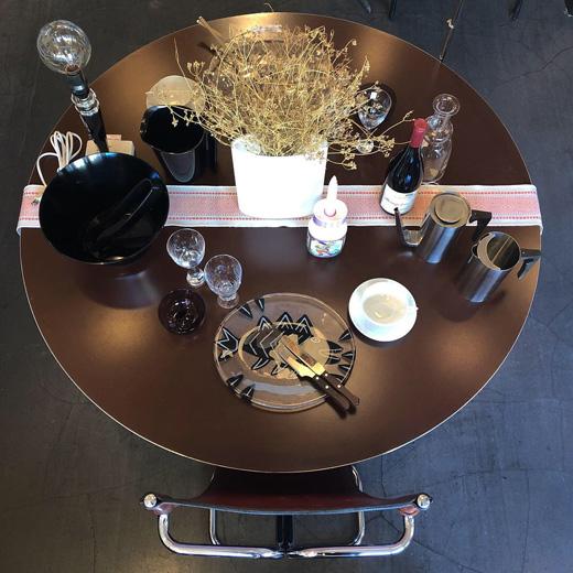 モダンスタイリッシュ、フリッツハンセン、ブルーノマットソン、ダイニングテーブル、バウハウスデザイン、モダンチェア、ヴィンテージ家具