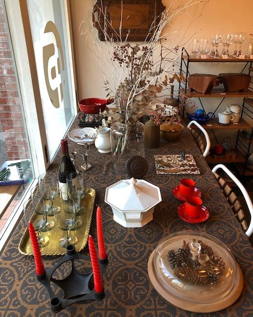 クリスマス、ボジョレーヌーヴォー、店内ディスプレイ、ヴィンテージ食器、テーブルコーディネート