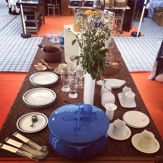 北欧ヴィンテージ、テーブルコーディネート、ダンスク鍋、ブルー&ホワイト