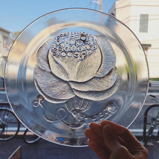 ヌータヤルヴィ、オイヴァトイッカ、ピオニー、ガラスプレート、pioni、oivatoikka、北欧ヴィンテージ食器