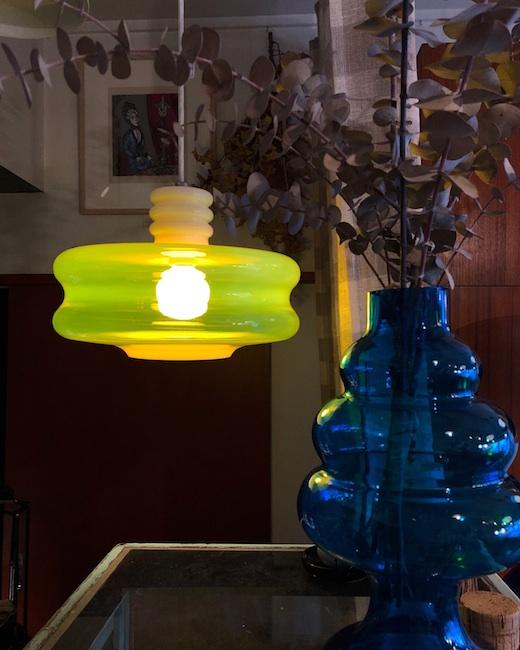 ヴィンテージ照明、オパールセントガラス、オパールガラス、レトロモダン、黄色、ガラス照明