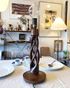 ヴィンテージ照明、イギリスアンティーク、バーリーツイスト、ねじり脚、テーブルスタンド、テーブルランプ、クラシックモダン