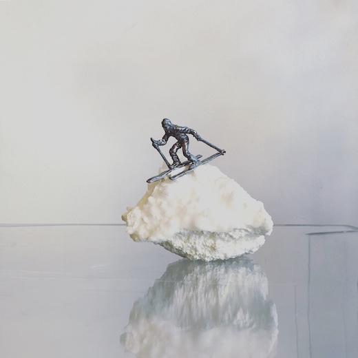 鉱石オブジェ、スキーヤー、フィギュリン、ミニチュア、アートオブジェ