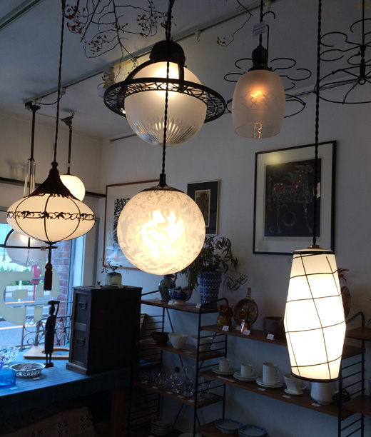 ペンダントランプ、アンティーク照明、ガラス照明、洋館、乳白ガラス、戦前、電笠、モダン、ヴィンテージ
