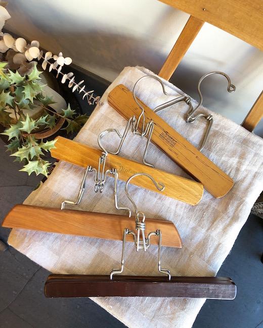 ヴィンテージハンガー、木製ハンガー、パンツハンガー、モダン