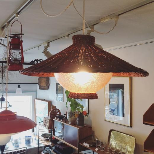 籐編み、ラタン、ペンダントランプ、ヴィンテージ照明、カントリースタイル、ナチュラルモダン