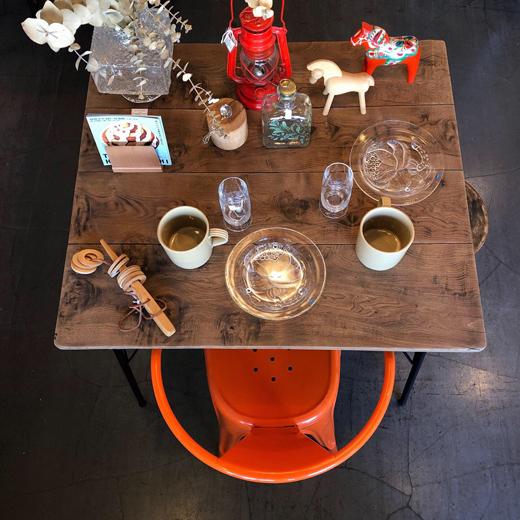 リメイクテーブル、古材天板、鉄脚テーブル、アウトドアリビング、ヴィンテージ家具