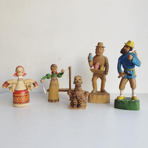 ロシア雑貨、木彫り人形、フィギュリン、ヴィンテージ人形、ロシア民芸