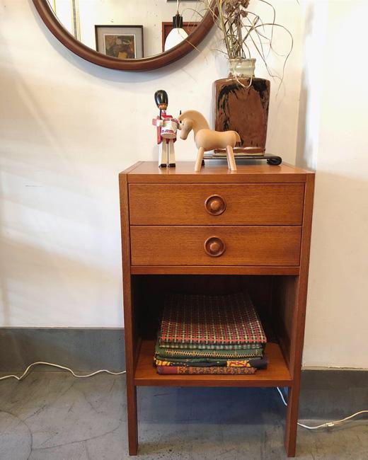 チーク家具、サイドチェスト、北欧モダン、ヴィンテージ家具、日本製