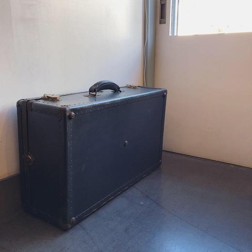 ヴィンテージトランク、ローボード、コーヒーテーブル、収納、本箱、衣装ケース
