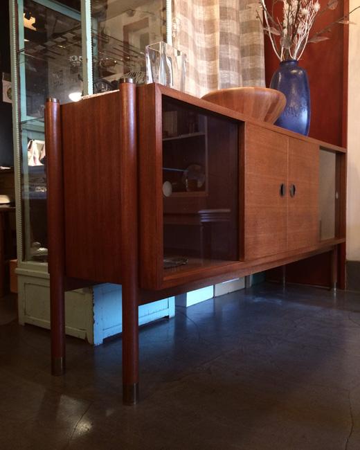 ヴィンテージ、サイドボード、ジャパニーズモダンデザイン、チーク家具、北欧デザイン、モダン