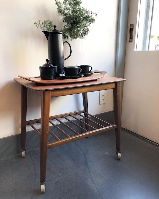 イギリス家具、ヴィンテージ家具、コーヒーテーブル、サイドテーブル、モダン