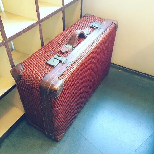 柳行李.行李トランク.旅行鞄.アンティーク.ヴィンテージ.寅さん.trabelbags.trunk.antique.vintage.wickerbasket