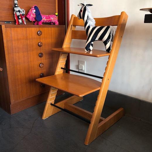 トリップトラップ、ストッケ、ノルウェー家具、子供椅子、キッズチェア、北欧家具、モダンデザイン、木製