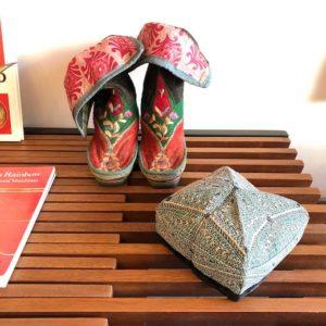 民族衣装、山岳民族、パキスタン、アジア、刺繍、ブーツ、チベット、帽子